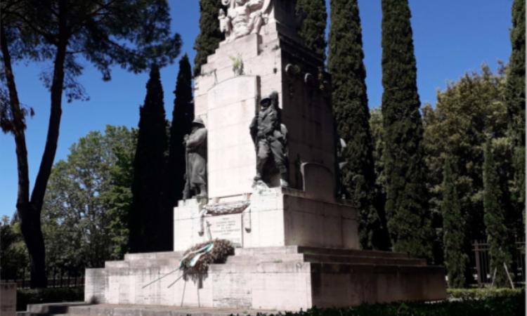 Festa della Repubblica, la cerimonia al Monumento ai Caduti